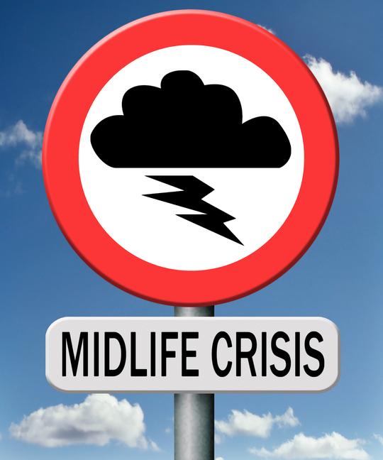 Schild mit der Aufschrift Midlife Crisis